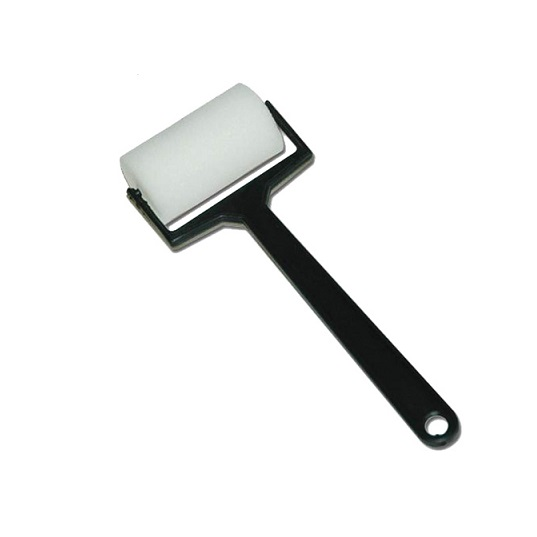 Black Handle Roller