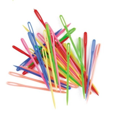 Needles Plastic Coloured 32 pack